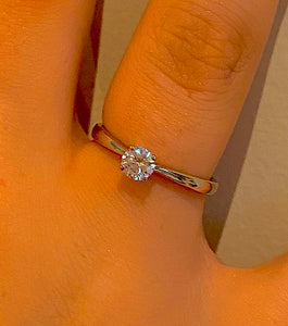 950 Platinum 0.25 Round Brilliant Cut Solitaire Diamond Ring F/VS1-Marbella
