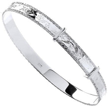 Load image into Gallery viewer, Diamond Cut 925 Silver Expandable Bangle - Pobjoy Diamonds