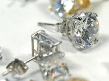 Load image into Gallery viewer, Bespoke 18K Gold Round Brilliant Cut Diamond Stud Earrings 0.60 To 1.00 CTW- F/VS2