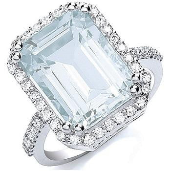 18K White Gold Aquamarine Ring