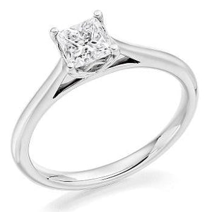950 18K White Gold 0.60 Carat Princess Cut Solitaire