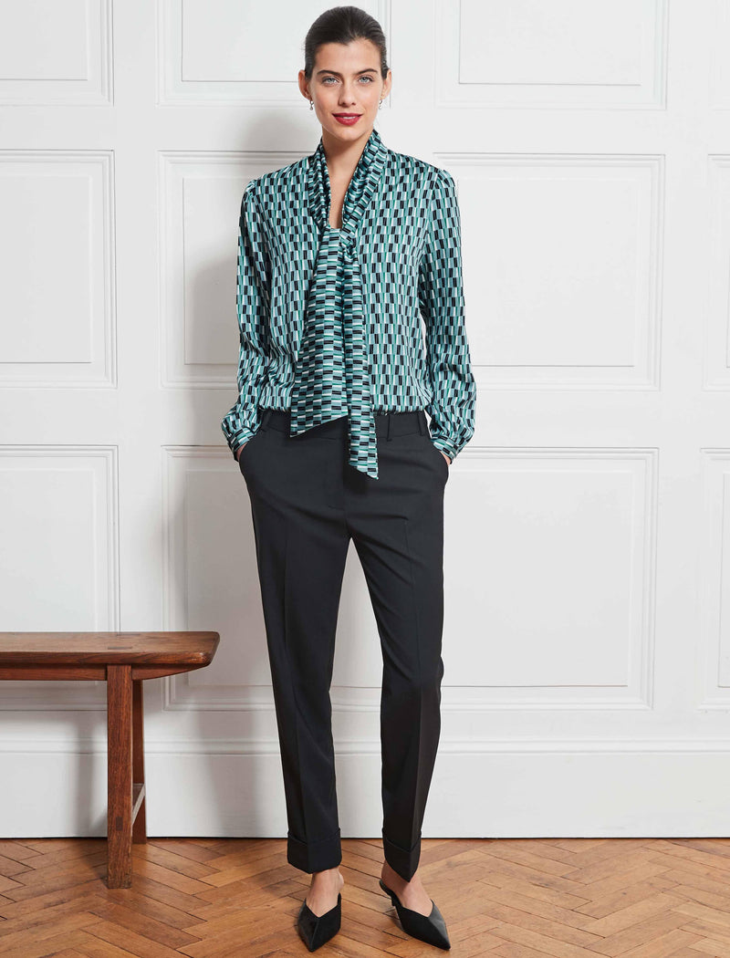 Simone V-Neck Shirt With Scarf - Mint Geo Print