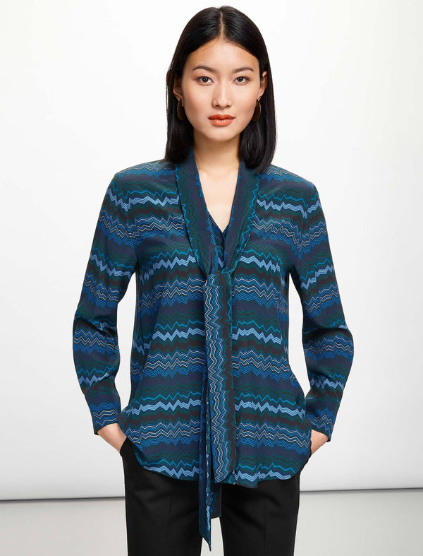 Simone V-Neck Shirt With Scarf - Turquoise Chevron