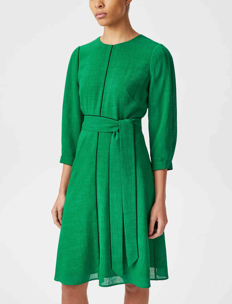 emerald green knee length dresses