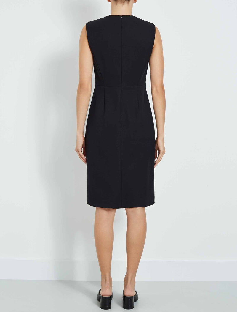 black sleeveless pencil dress