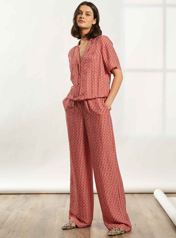 Spencer Short Sleeve V-Neck Collared Jumpsuit - Crimson Circle Geo Print