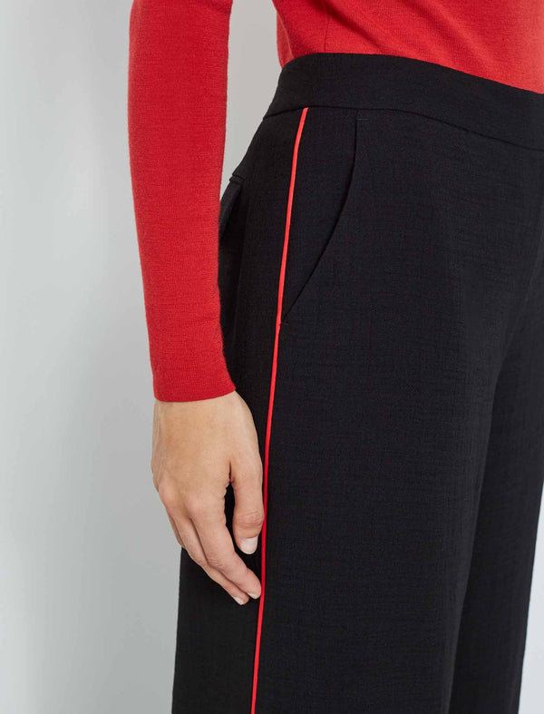 Courtney Wide Leg Trouser With Contrast Piping - Black/Crimson