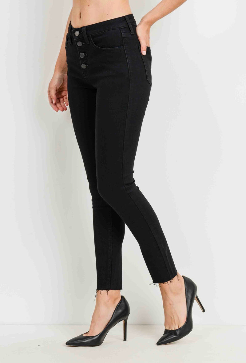 Button Down Clean Fray Skinny Jean (black)