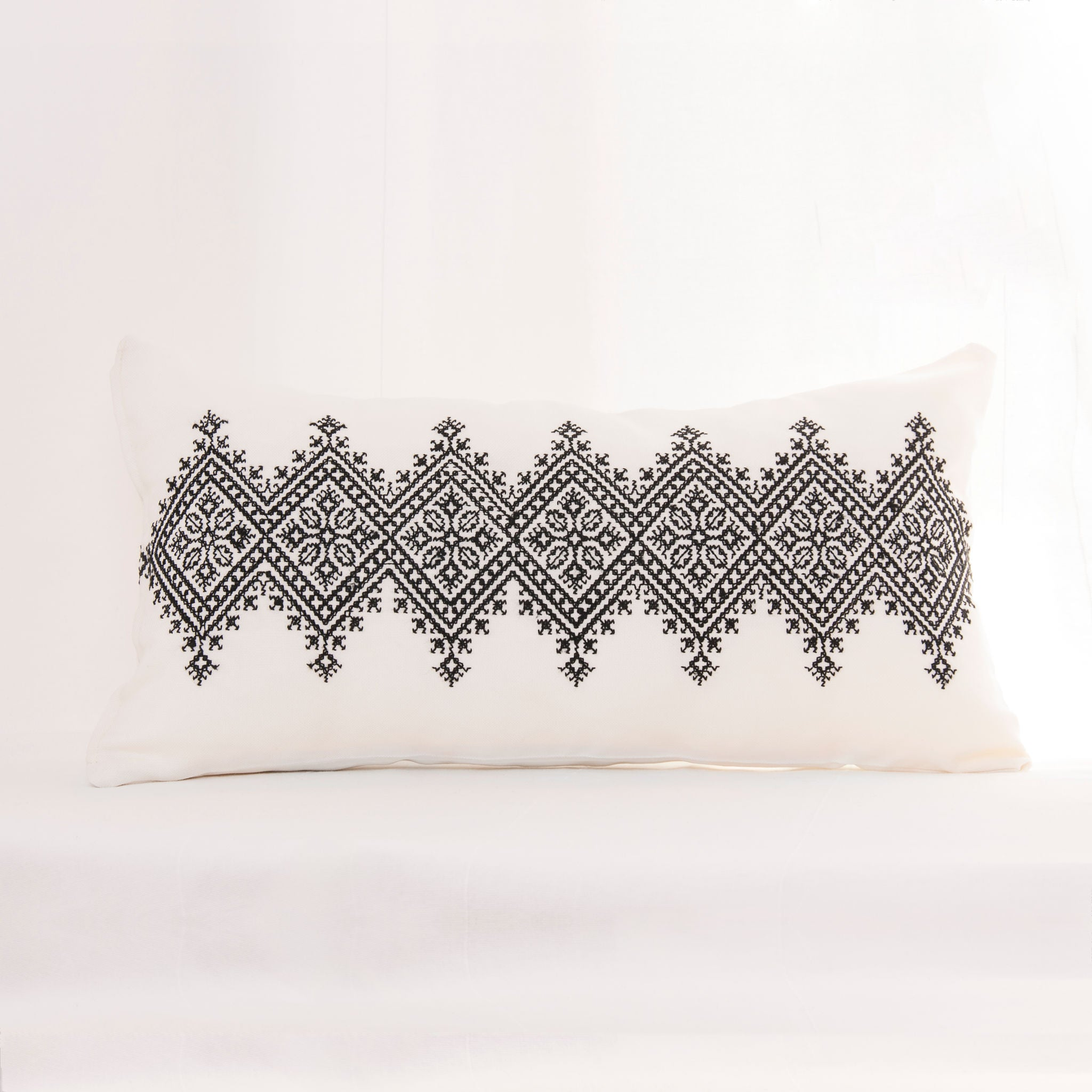 Rectangular Diamond-Patterned Cushion Cover