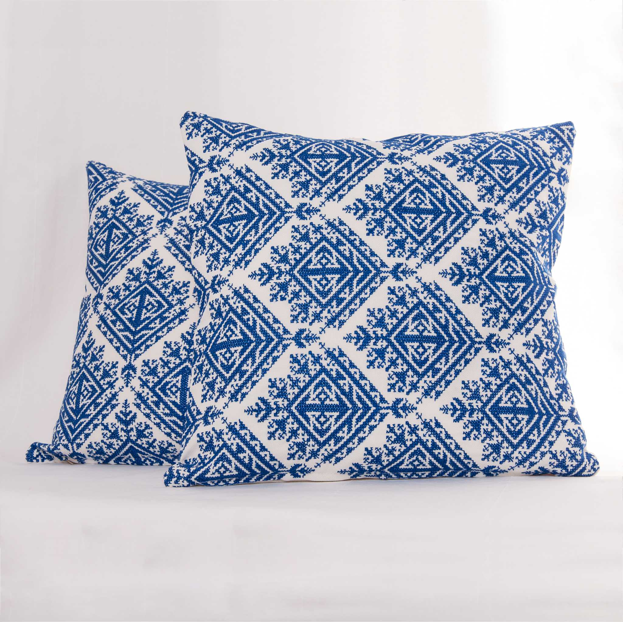 Fes-Embroidery Cushion Cover