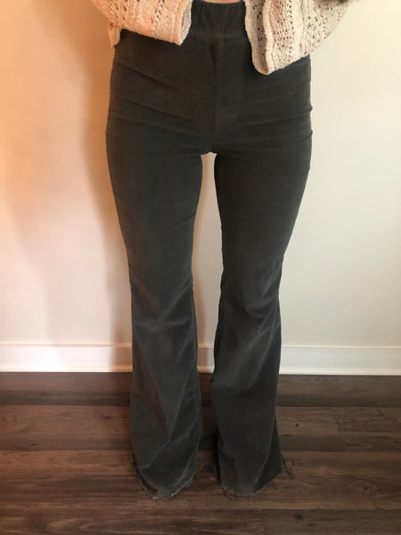 Super Flared Corduroy Pant
