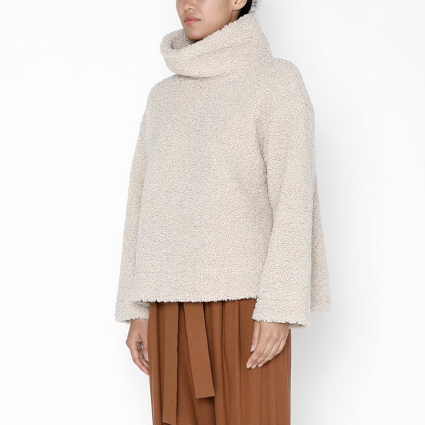 Curly Turtleneck - FW19 - Dove
