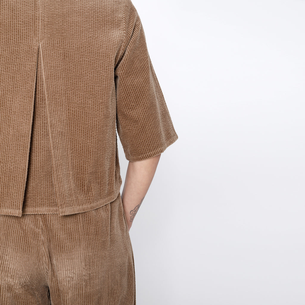 Corduroy Back-Pleated Button Down - FW19 - Tobacco