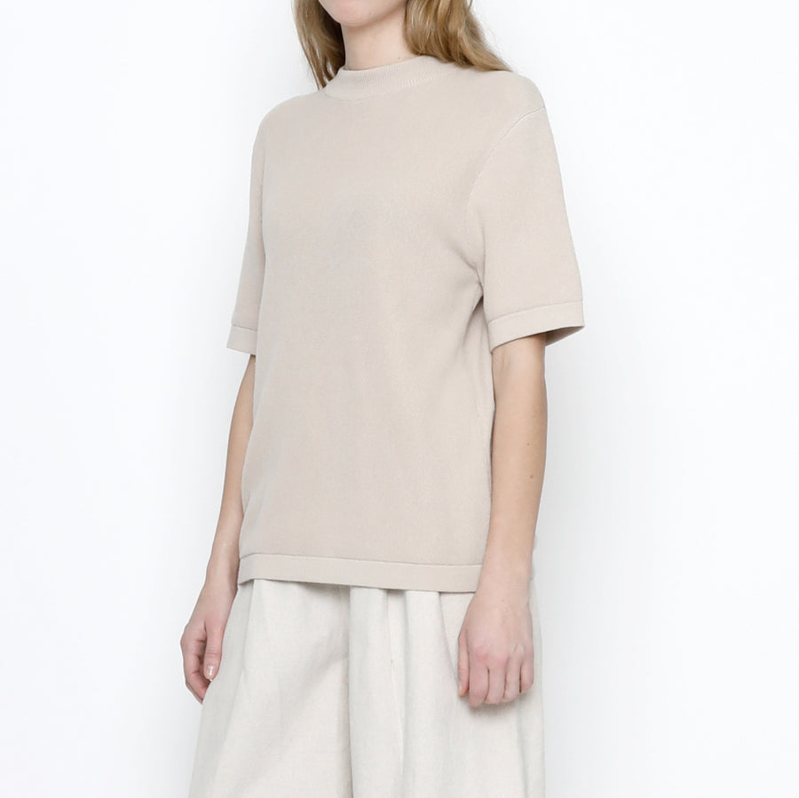 Fine Knit Mock-Neck - FW20 - Beige