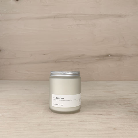 Suffolk Candle - 8 oz