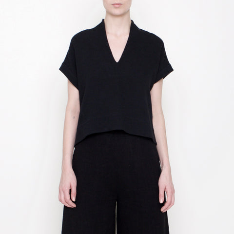 V-Neck Cropped Top - Black - FW17