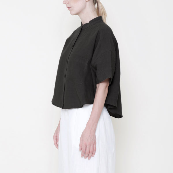 Signature Linen Pocket Cropped Top