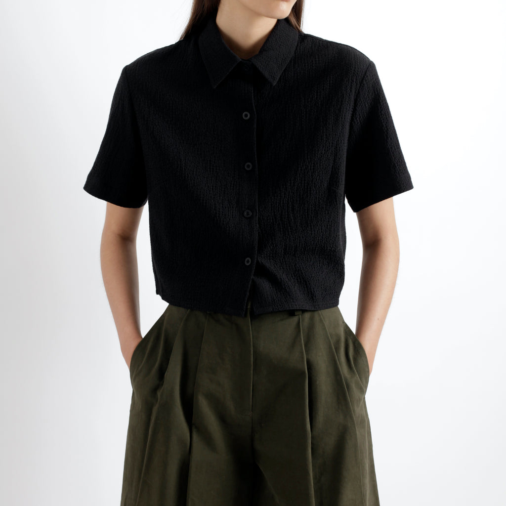Textured Cropped Button Down - SS21 - Black