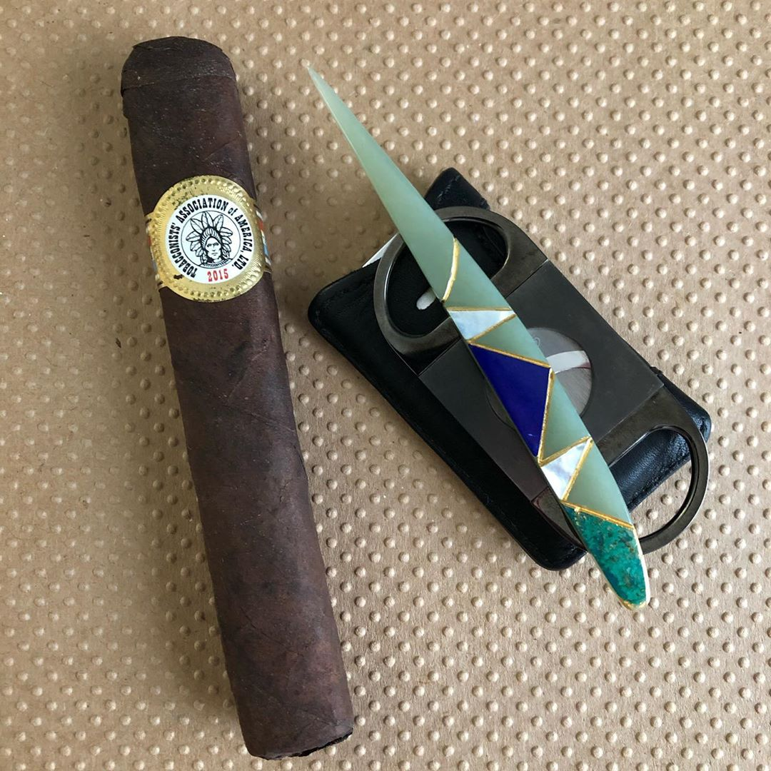 Maven Gems Jade Cigar Pick with stone and gold inlay