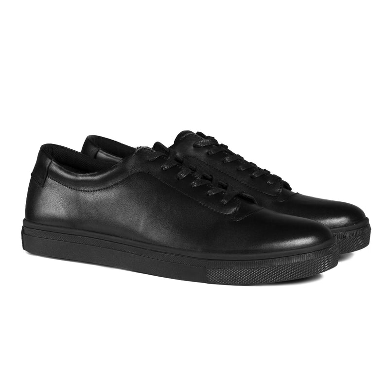 Foster Classic All Black