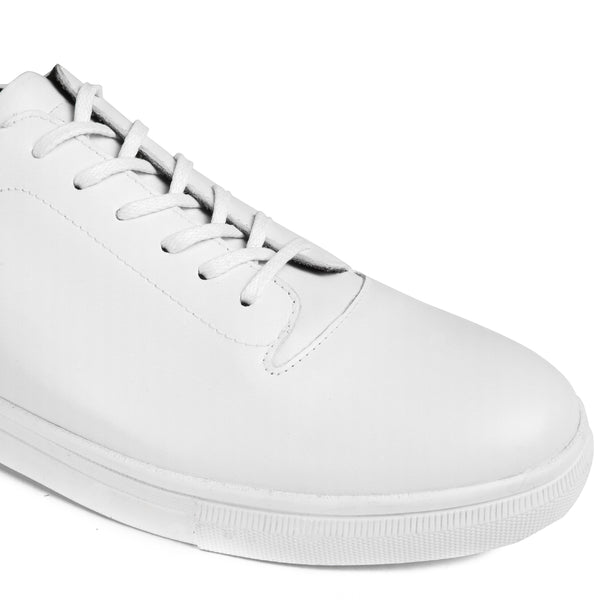 Foster Classic All White