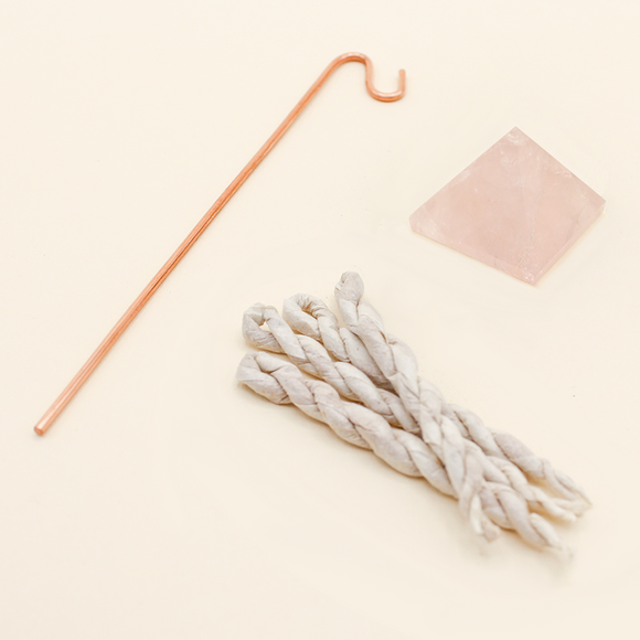 Rose Quartz Pyramid Incense Stand + Rope Set