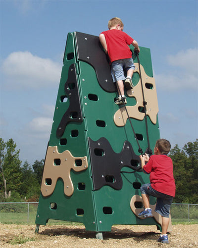 Camo Climber Challenge Fitness Course Section
