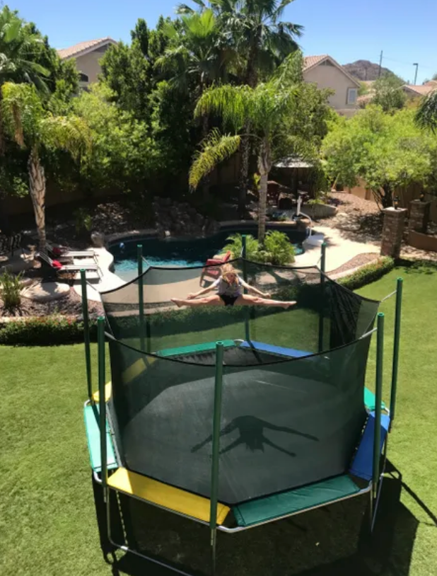 Magic Circle Trampoline 16 Foot Octagon Deluxe Magic Cage