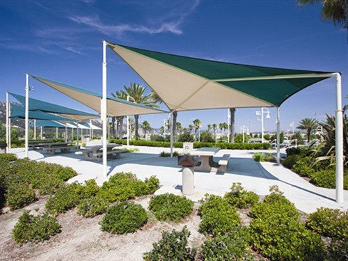 Wave Shade Structure with 4 Posts