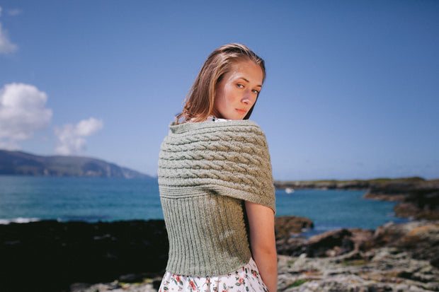 Cashmere and Merino Wool Wrap with 2 Buttons