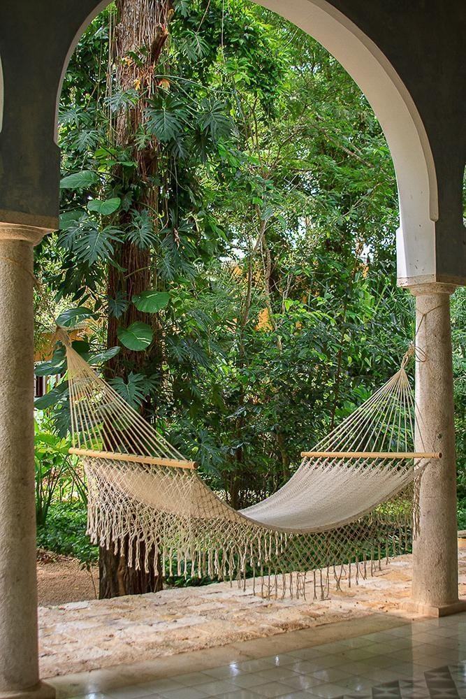 Resort King Size Cream - JUST Hammocks