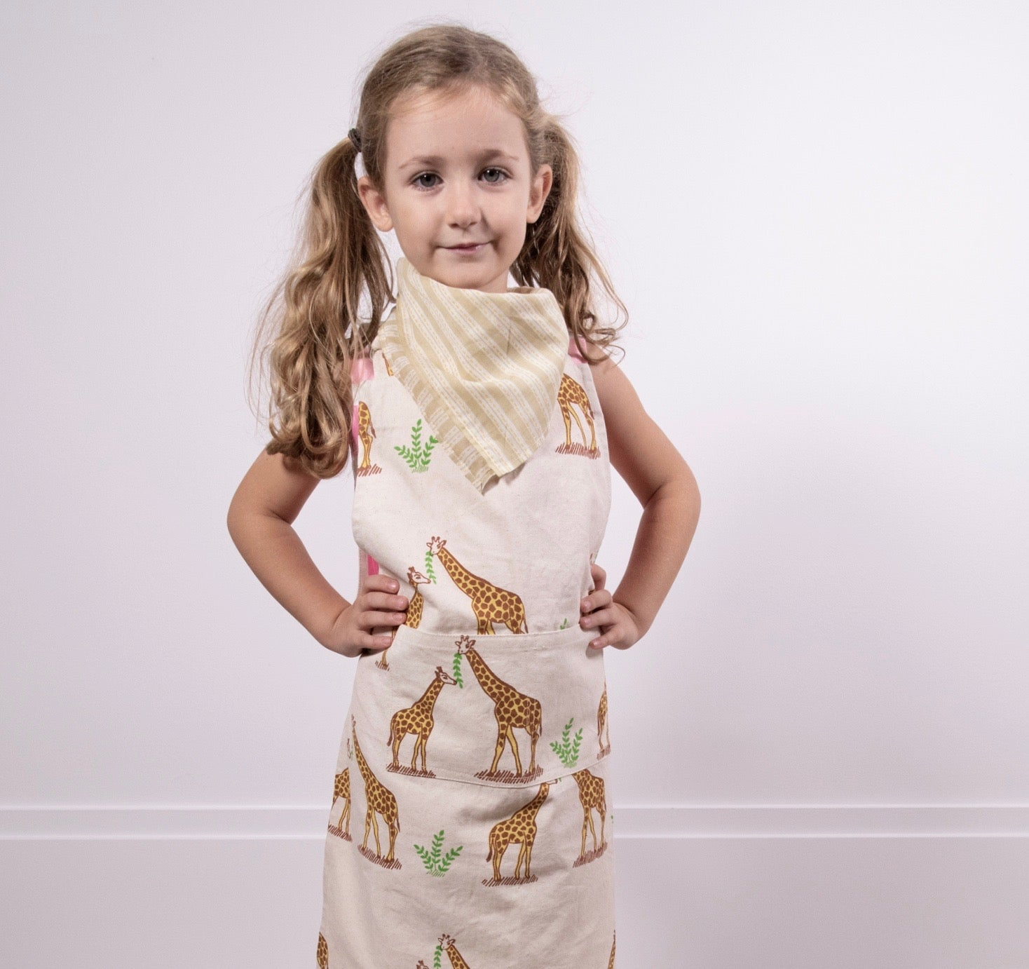Children's Apron + Bandana Set- Giraffe