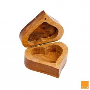 HEART SHAPE THUYA WOOD BOX