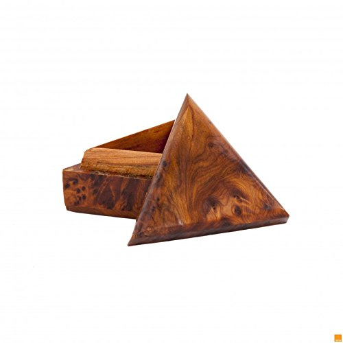 TRIANGULAR SHAPE THUYA WOOD BOX