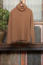 Load image into Gallery viewer, Women's Cashmere Knitted Sweater