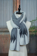Load image into Gallery viewer, Cashmere Scarf/Shawl