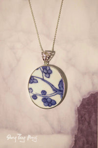 Vintage Porcelain Pendant Necklace