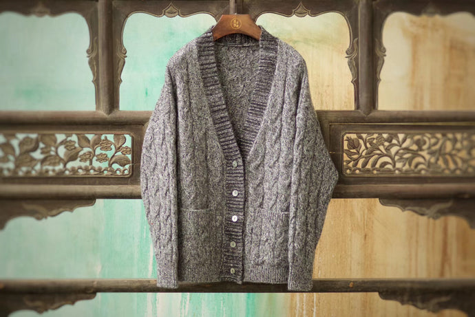Women's Cashmere Cardigan w/ Mother of Pearl Buttons
