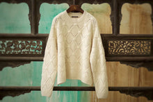 Load image into Gallery viewer, Women's Cashmere Pullover Sweater