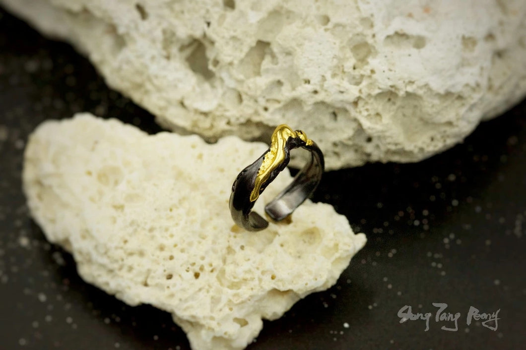 JOYFUL Two Tone Ring