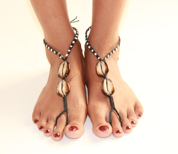 Barefoot Sandals With Shell