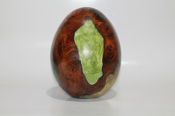 Egg made from Resin and Wood