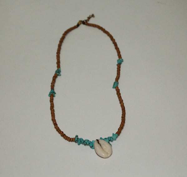 Necklace with one Shell