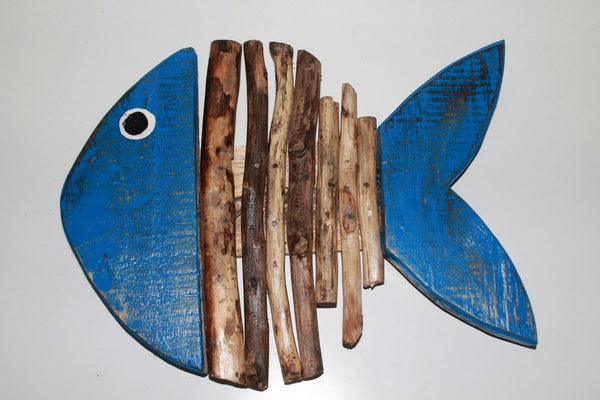 Wood Fish (Closed mouth, Peak tale)