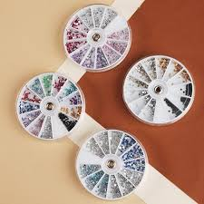 Nail art stone 1 wheel with different sizes