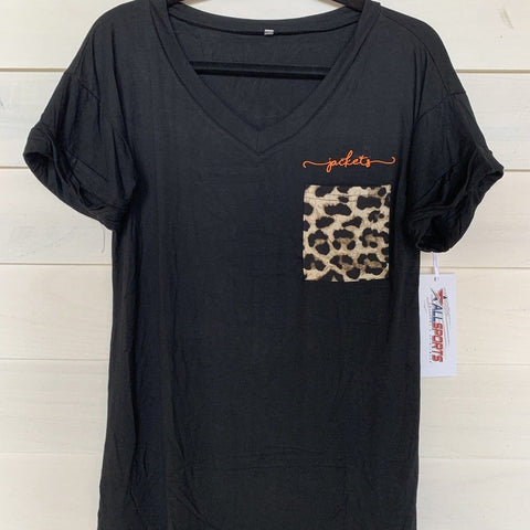 ROCKWALL JACKETS EMBROIDERED CHEETAH POCKET TEE