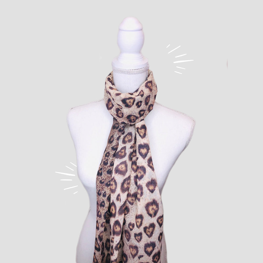 Leopard Hearts Shawl - Polyester Mousseline