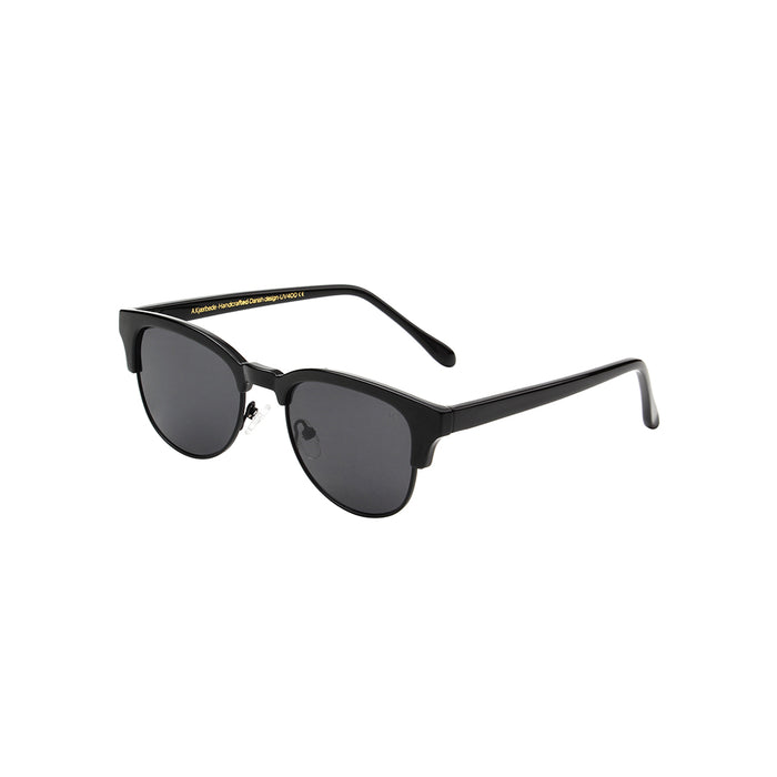 A Kjaerbede Sunglasses Club Bate Black