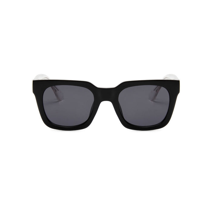 A Kjaerbede Sunglasses Nancy Black