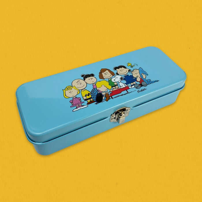 Magpie x Peanuts Long Pencil Tin The Gang